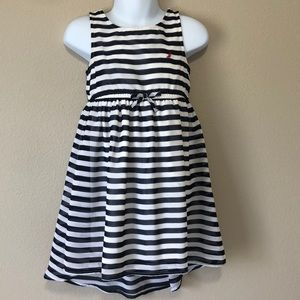 Toddler dress 2T dark blue color!!! Really pretty!